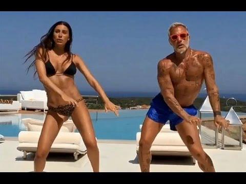 Gianluca Vacchi con la fidanzata in uno stacchetto sul suo yacht. Fonte: Instagram.