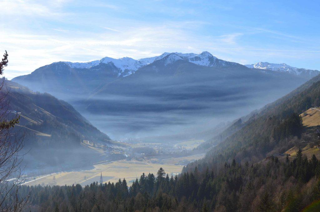 Panoramica della Valle Aurina - nebbia mattutina